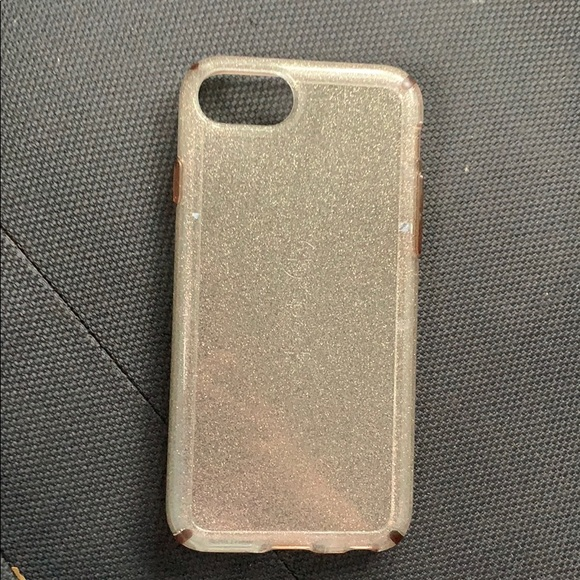 iPhone 6 Speck case. Almost Brand New